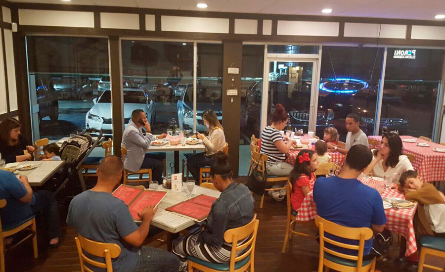 Dipapa's Restaurant